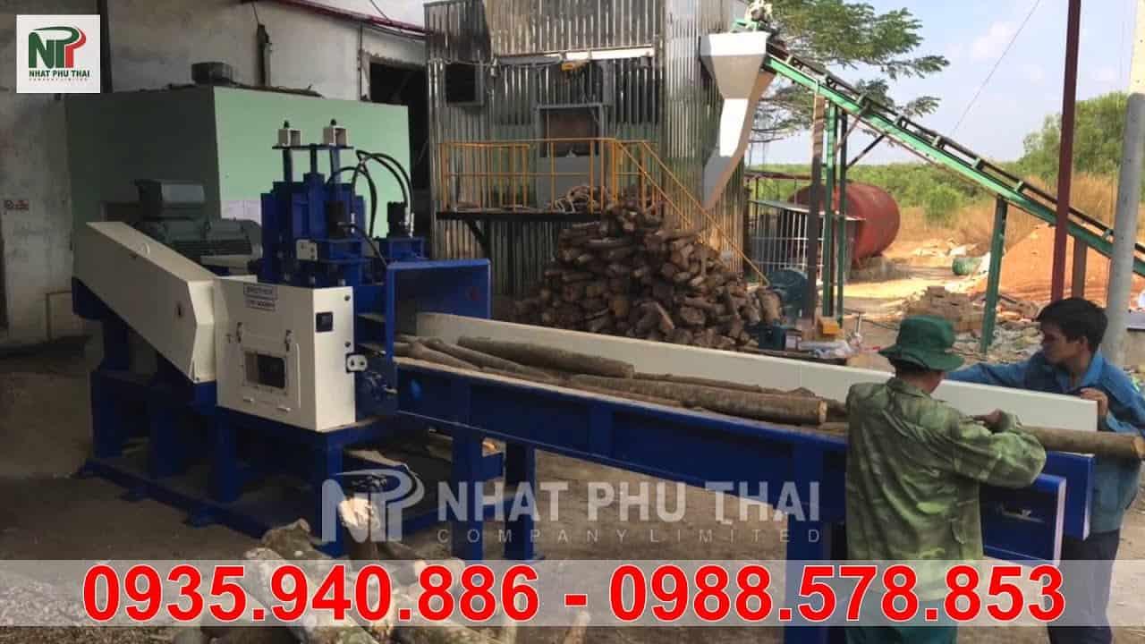máy nghiền gỗ 3 tấn 1 h